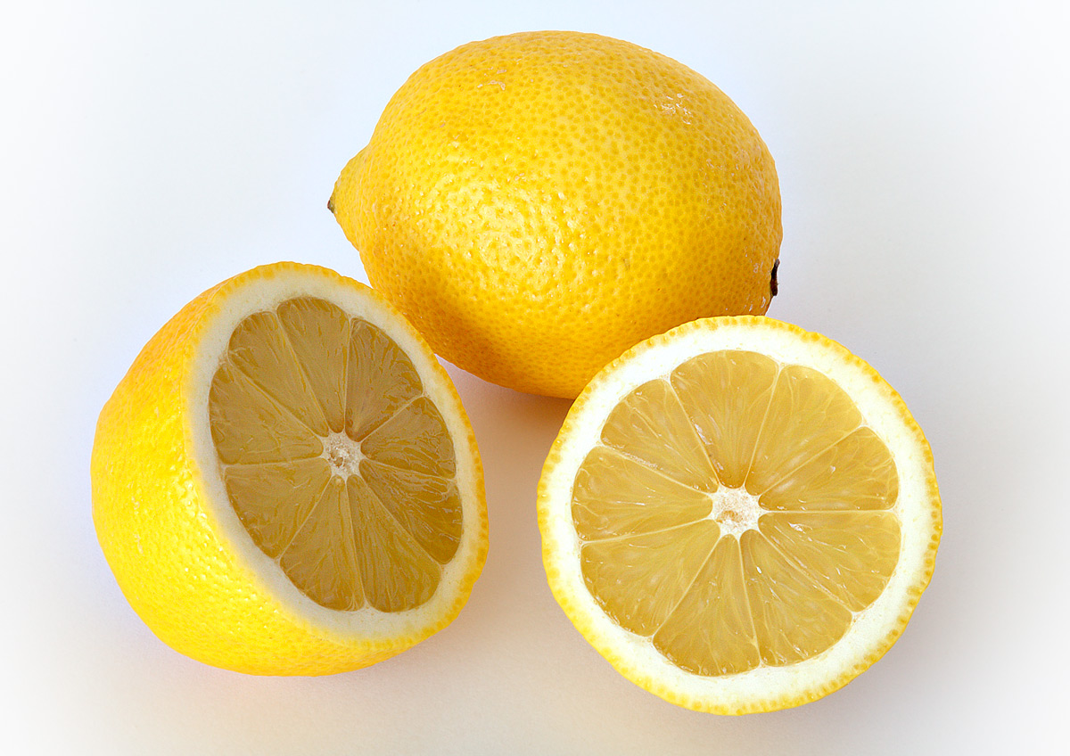 DIY Lemon Face Mask for Glowing Skin