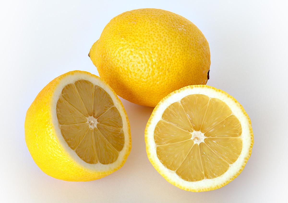 DIY Lemon Face Mask for Glowing Skin
